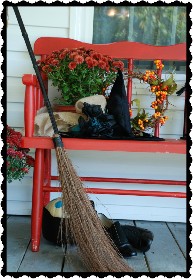 Wickedly Witch-y Front Porch Decor