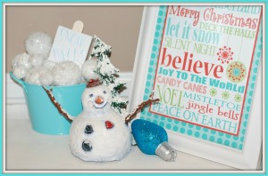 How To Make Snowballs:  An Easy Christmas Craft!