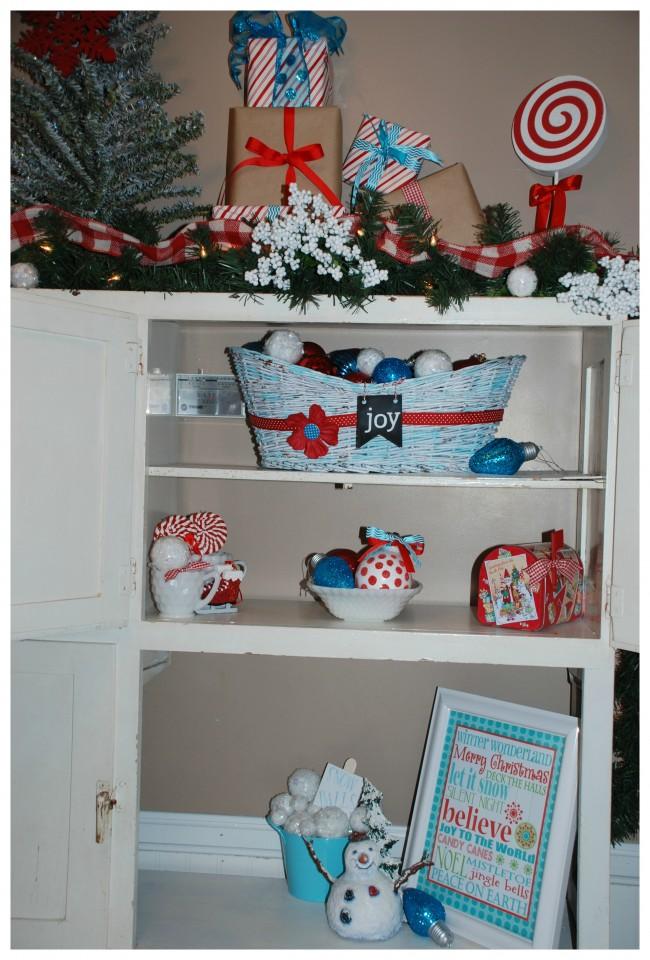 Christmas Home Tour  Shelf Decor