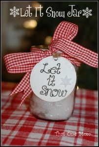Let It Snow, Let It Snow, Let It Snow…An Easy Christmas Craft!