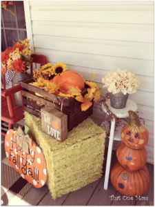 Finally Fall Front Porch! ~Tales of a Prize Winner~